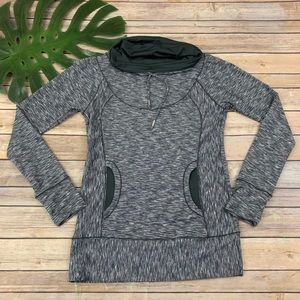 Prana gray long sleeve pullover top with pockets